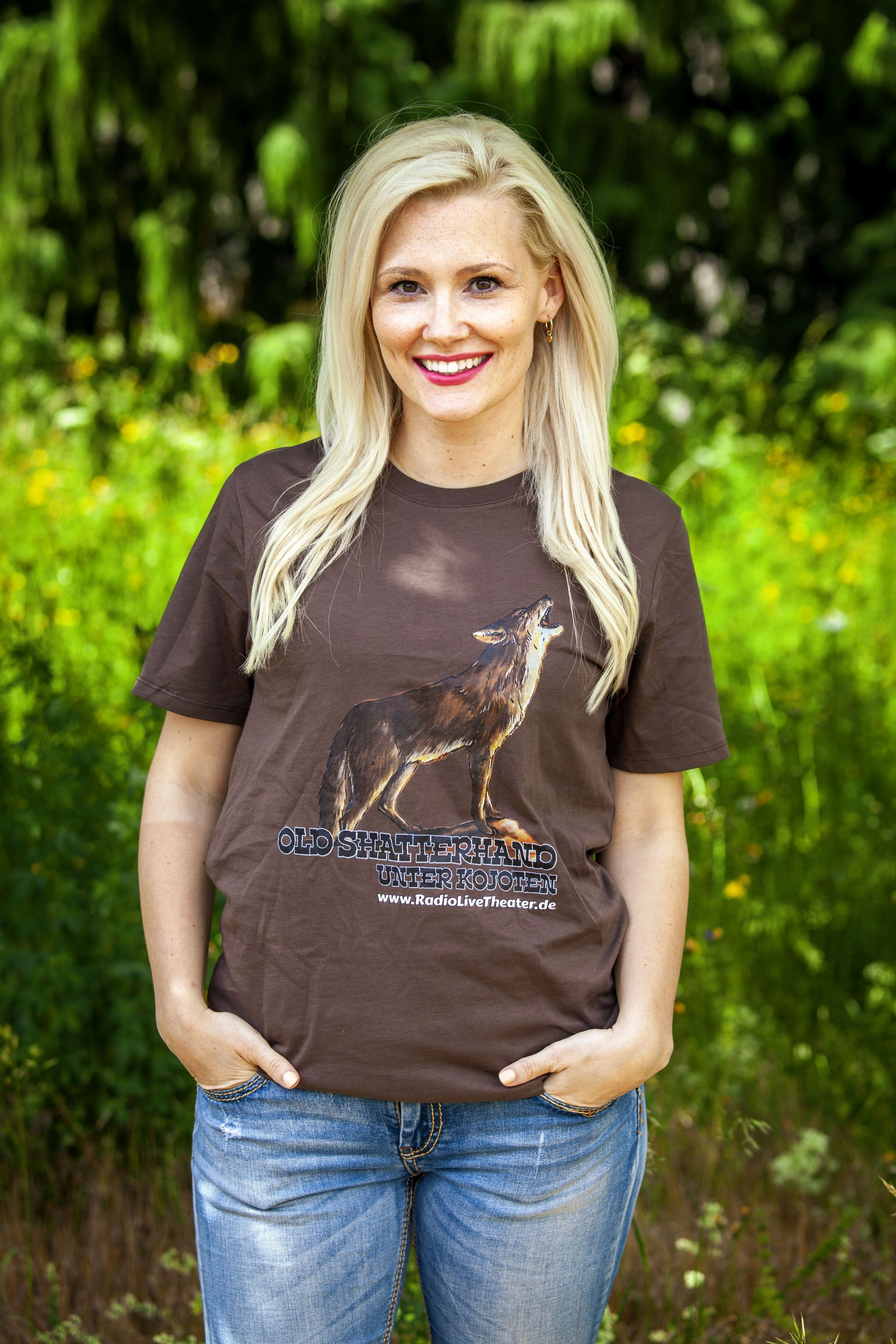 Old Shatterhand unter Kojoten - T-Shirt (XL)