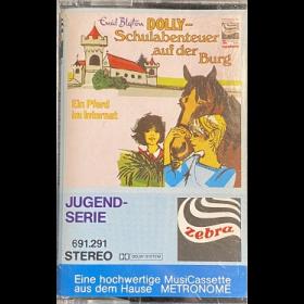 MC Zebra Dolly - Schulabenteuer auf der Burg - Ein Pferd im Internat
